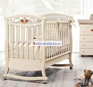 Детская кроватка  Principessa Lux 125x65 Bambolina