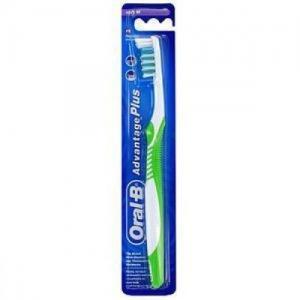 Зубная щетка  Advantage Plus, цвет: белый/зеленый Oral-B