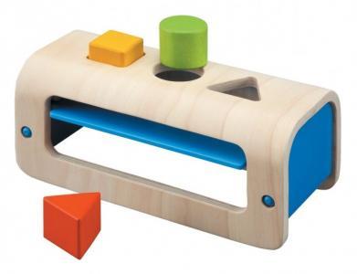 Деревянная игрушка  Сортер с геометрическими фигурами Plan Toys