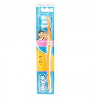 Зубная щетка  3D Effect средняя жесткость, цвет: оранжевый Oral-B